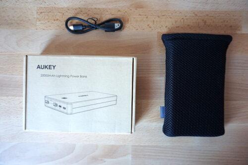 batería externa de 20000mAh AUKEY